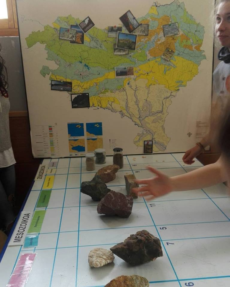 Explorando la geodiversidad del País Vasco con alumn@s de Zizur