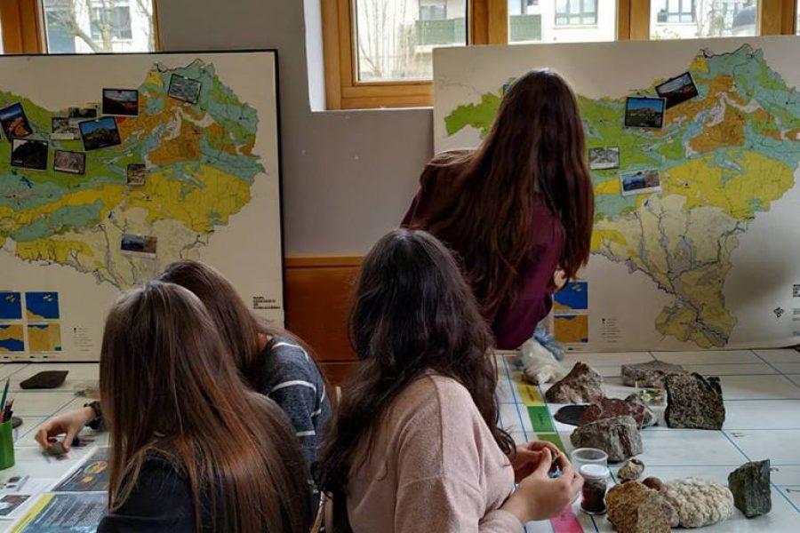 Oñatiko ikasleekin historia geologikoa lantzen